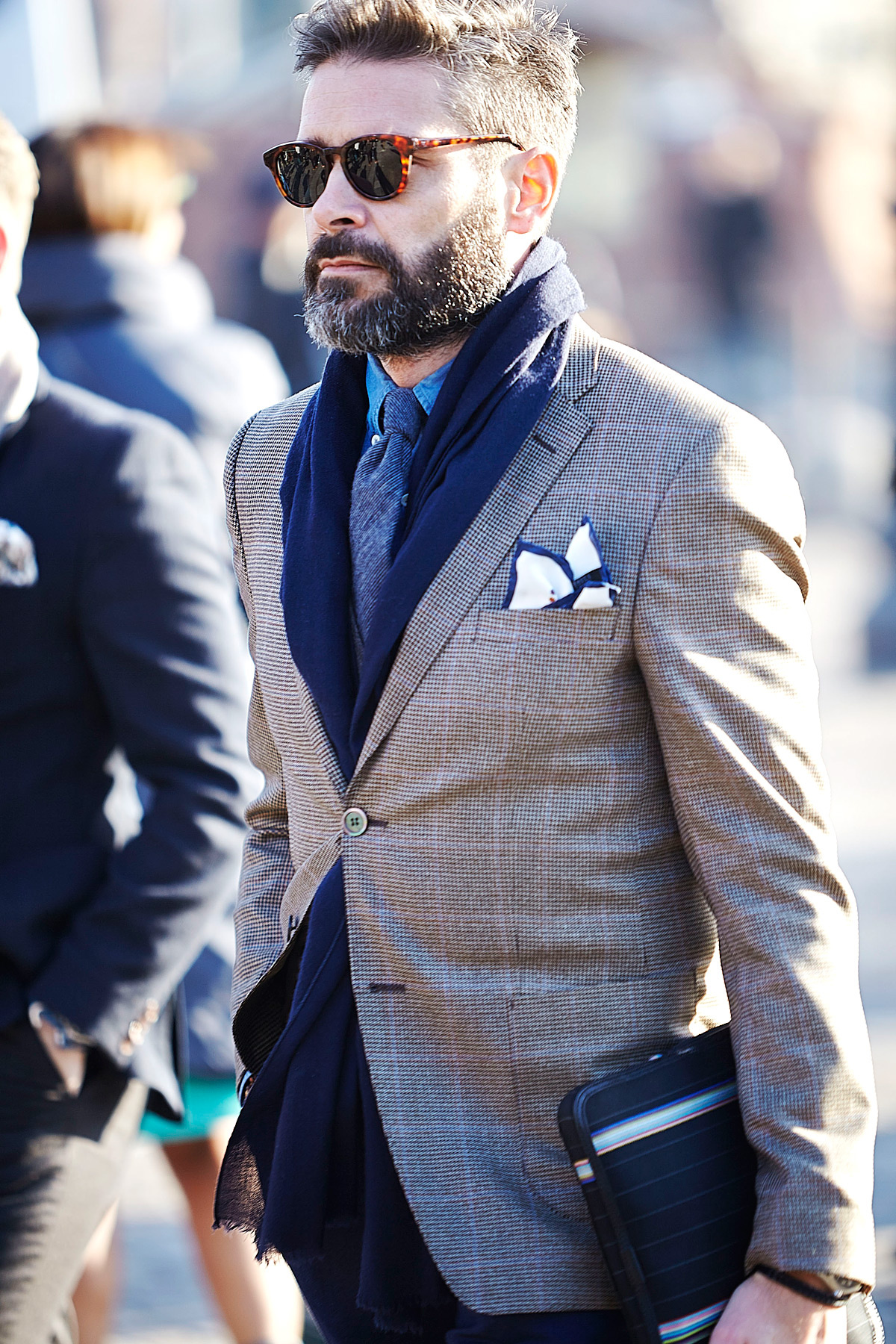 Pitti Uomo 78th Edition Street Style Looks Sun Chasers